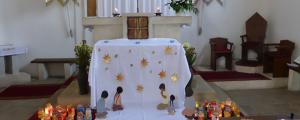 Gyermekek szentségimádása a biai templomban